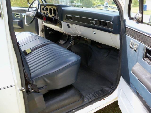 1985 chevy scottsdale factory original 6 2 litre diesel 4x4 short bed pickup for sale. Black Bedroom Furniture Sets. Home Design Ideas