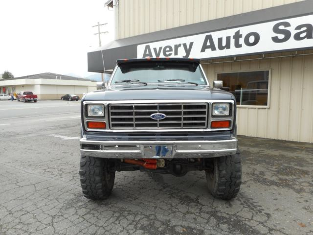 1985 ford f150 4x4 short bed lifted built 351w auto beautiful truck for sale ford f 150. Black Bedroom Furniture Sets. Home Design Ideas