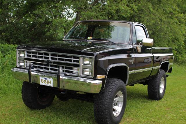 1985 gmc 1500 4x4 383 stroker 4 speed lifted no reserve for sale chevrolet c k pickup 1500. Black Bedroom Furniture Sets. Home Design Ideas
