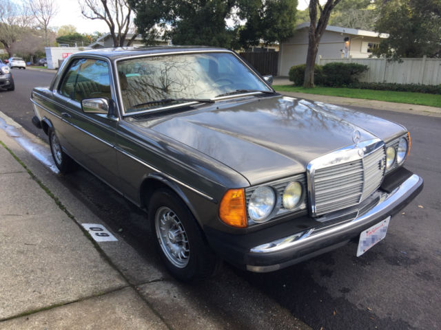 1985 mercedes benz 300 series 300cd a true classic in for Most reliable mercedes benz models