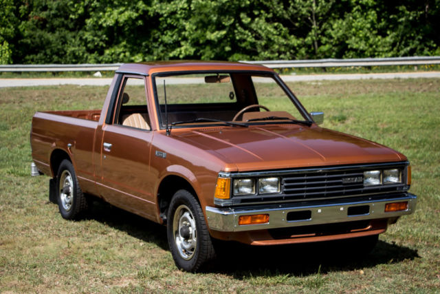1985 Nissan Pickup  Original Unrestored  Z24 Engine  5
