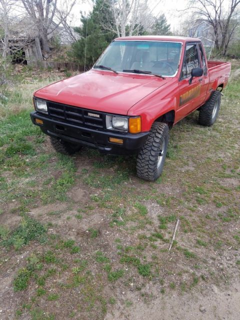 1985 toyota pickup truck hylux solid axle sr5 efi manual 4x4 extra cab 22re for sale toyota. Black Bedroom Furniture Sets. Home Design Ideas