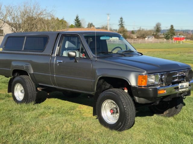 1985 Toyota Sr5 4x4 Low Miles Rare Solid Front Axle