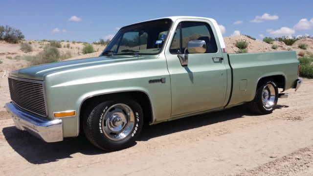 1986 86 gmc c 10 sierra classic short bed chevy lowered truck for sale gmc sierra 1500 1986. Black Bedroom Furniture Sets. Home Design Ideas