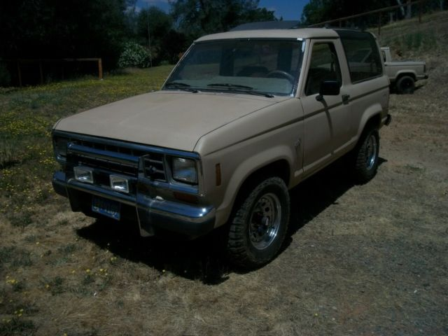 1986 ford bronco ll xl 4x4 manual 2 9 for sale ford bronco ii 1986 for sale in oroville. Black Bedroom Furniture Sets. Home Design Ideas