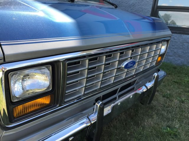 1986 Ford E150 Econoline Conversion Van  One owner, MINT