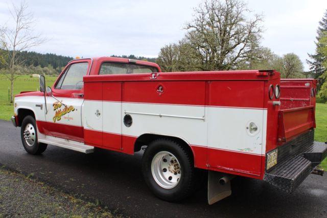 1986 gmc c  k30 3500 dually service truck very clean no rust 4 speed nice for sale gmc GMC Savana 2002 GMC Envoy