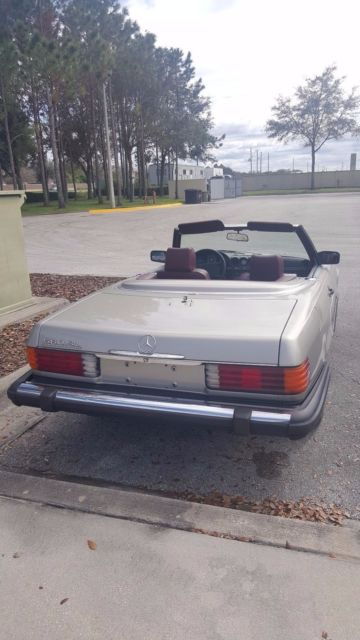 1986 mercedes benz 560 sl convertible v8 for sale for Mercedes benz sl550 convertible for sale