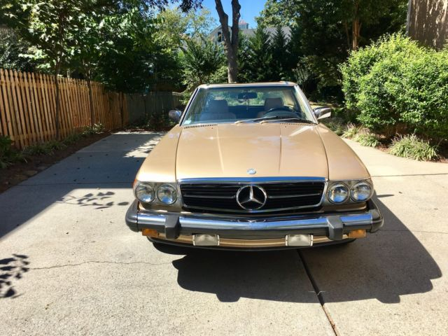 1986 Mercedes Benz 560SL with rebuilt engine and