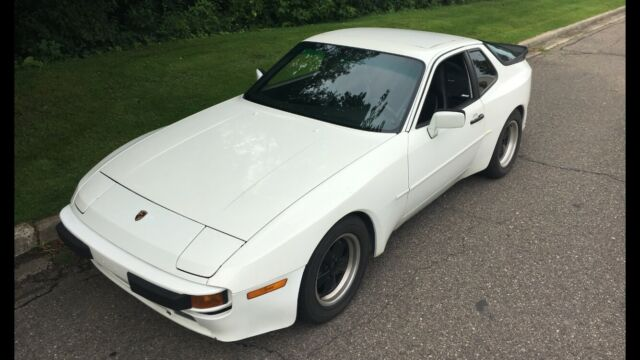 1986 Porsche 944 Selling Without Fuchs Wheels Currently On Car For Sale Porsche 944 1986 For Sale In Ferndale Michigan United States