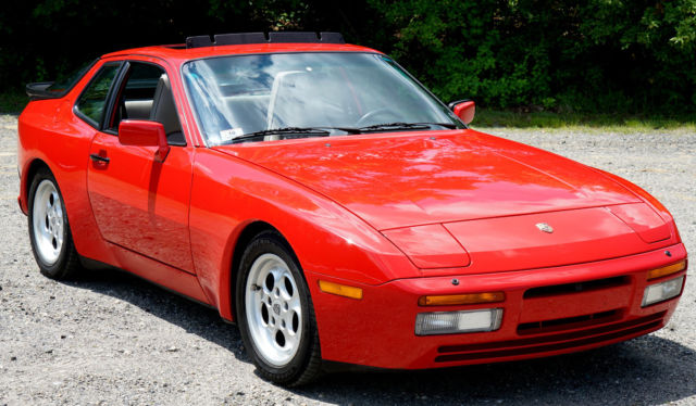 1986 porsche 944 turbo 951 guards red sport interior concours condition nr for sale porsche. Black Bedroom Furniture Sets. Home Design Ideas
