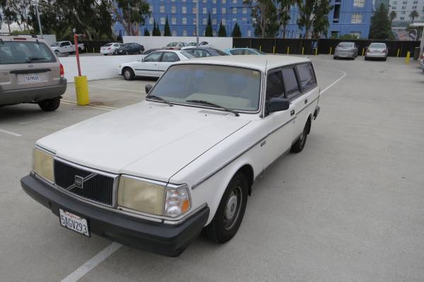 1986 Volvo 240DL Wagon for sale - Volvo 240 1986 for sale in