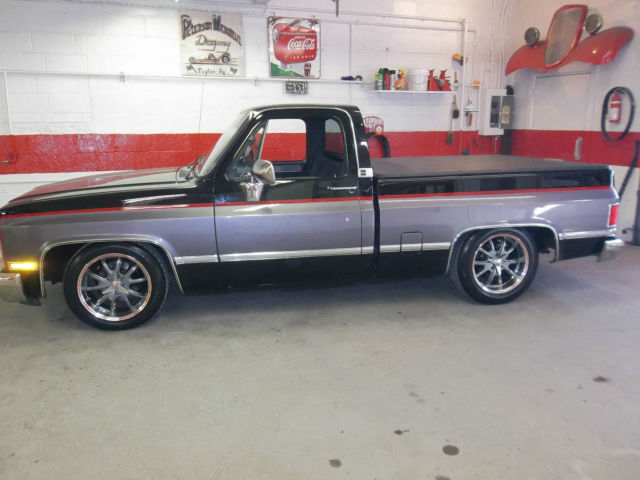 1987 chevrolet silverado custom show truck 1500 shortbed lowered chevy 68k miles for sale. Black Bedroom Furniture Sets. Home Design Ideas