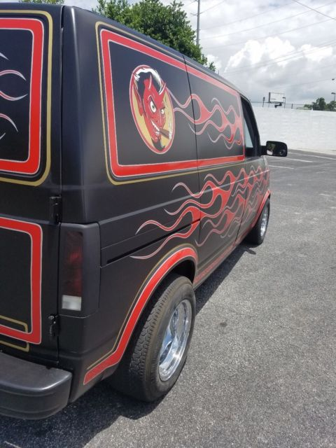 Hqdefault likewise  additionally Maxresdefault moreover Chevy Astro Rat Rod Hot Rod Old School Cruiser Custom Of A Kind Driver besides Maxresdefault. on chevy astro van engine