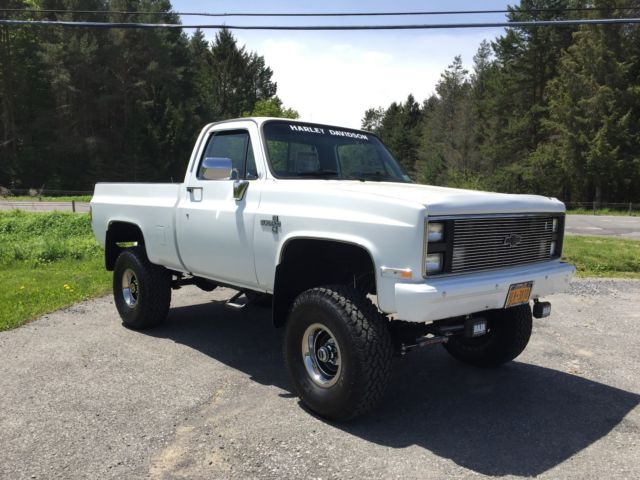 1987 chevy c10 silverado 4x4 must see we ship for sale. Black Bedroom Furniture Sets. Home Design Ideas