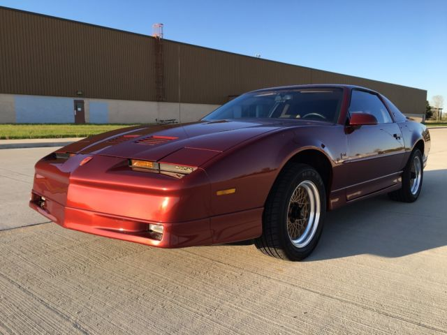 1987 pontiac trans am gta 350 ws6 for sale pontiac trans am 1987 for sale in clinton township. Black Bedroom Furniture Sets. Home Design Ideas