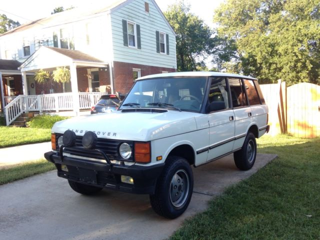 1987 Range Rover Classic with LT230 and 3 9L Engine Rust
