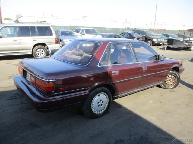 1987 toyota camry 4 door sedan i4 automatic no reserve for. Black Bedroom Furniture Sets. Home Design Ideas