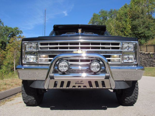 1988 4x4 regular cab 1 ton dually cold air 30 year old classic custom truck for sale chevrolet. Black Bedroom Furniture Sets. Home Design Ideas