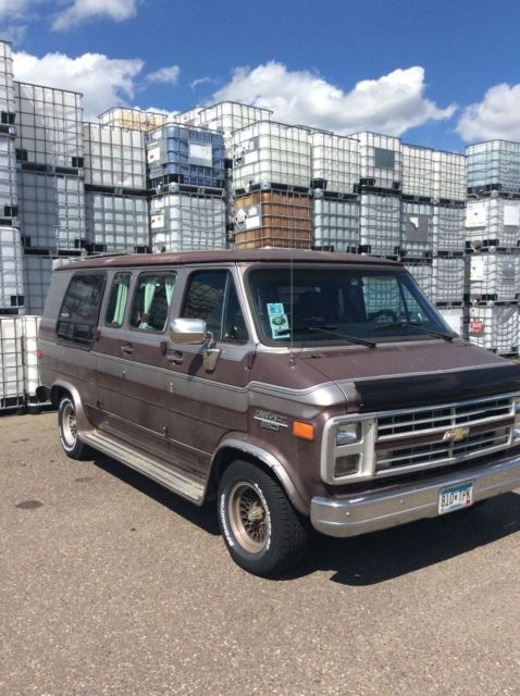 1988 chevrolet g 20 sportvan winnebago no reserve for sale. Black Bedroom Furniture Sets. Home Design Ideas