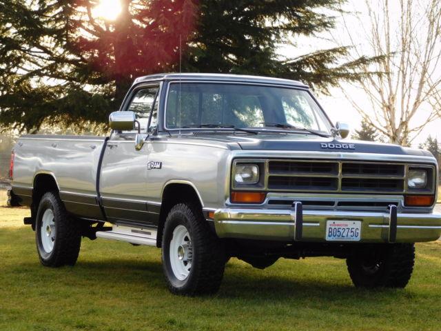 1988 dodge w250 base standard cab pickup 2 door 5 9l 4x4 one nice truck for sale dodge other. Black Bedroom Furniture Sets. Home Design Ideas