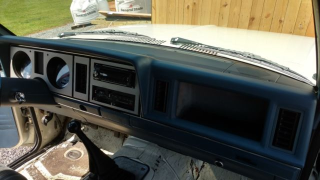 1988 Ford Bronco II XL ,2.9 v6 ,5-speed ,Many new parts ...