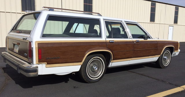 1988 Ford Country Squire LX Wagon 4-Door 5 0L Low Miles All Original