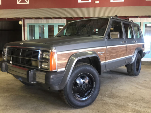 1988 jeep cherokee wagoneer limited 4 door four wheel drive no reserve for sale jeep. Black Bedroom Furniture Sets. Home Design Ideas