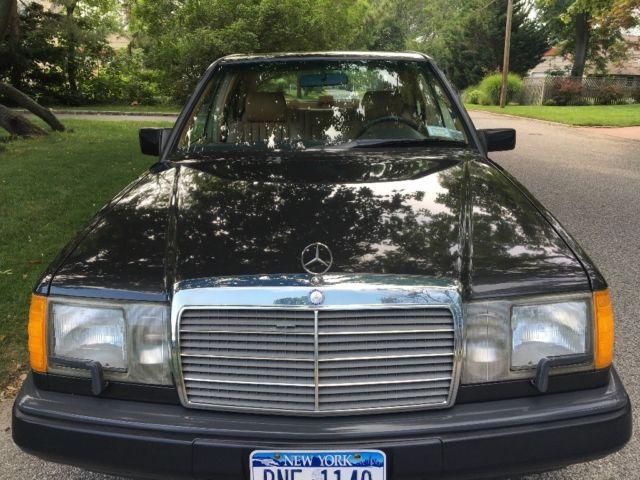 1988 mercedes benz 300e 59k orig miles always garaged one for Mercedes benz amityville ny