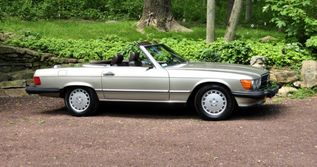 1988 mercedes benz 560sl smoke silver over chocolate for Mercedes benz performance chips