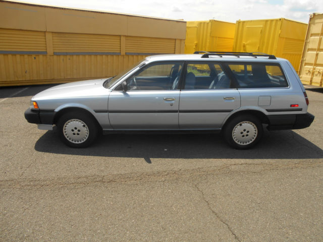1988 toyota camry dlx wagon 4 door 2 0l manual transmission low rh davidsclassiccars com 1984 Camry toyota camry 1988 manual