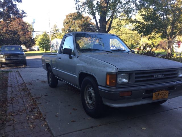 1988 toyota pickup truck 22r no reserve 39 893 miles for sale toyota other pickup truck. Black Bedroom Furniture Sets. Home Design Ideas