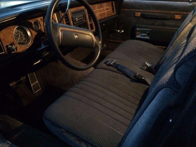 Buick Lesabre Estate State Wagon Classic Car on 1989 Buick Lesabre Blue