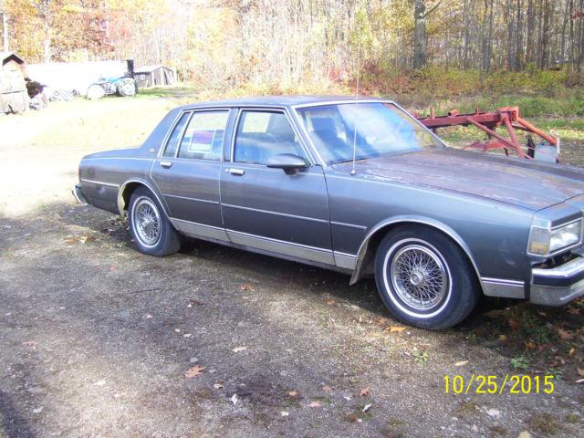1989 Chevrolet Caprice Base Sedan 4-Door for sale - Chevrolet