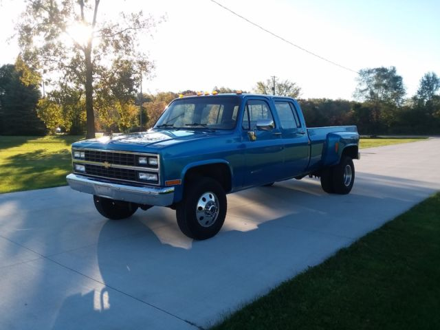 this manual covers all 1989 chevy c and k pickup truck models, including  half ton, three-quarter ton, one ton, 1500, 2500, 3500
