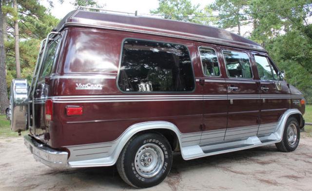 1989 Chevy G20 Van Craft Conversion Van - No Reserve for