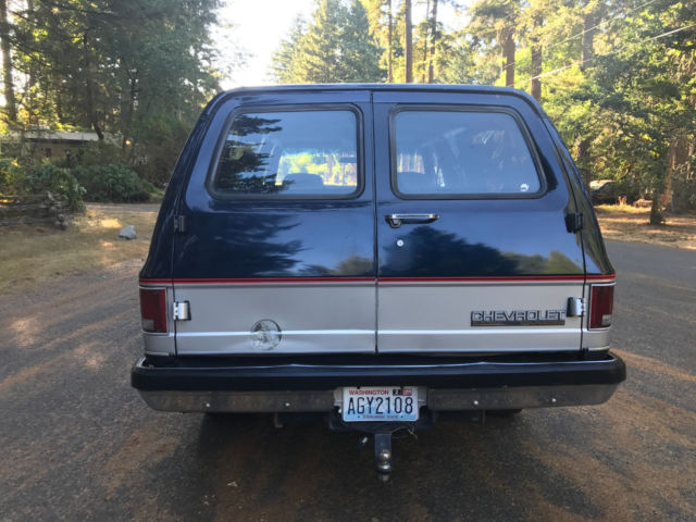 1989 Chevy Suburban 2500 4WD FACTORY A/C 350 AUTOMATIC NO RESERVE for sale - Chevrolet Suburban ...