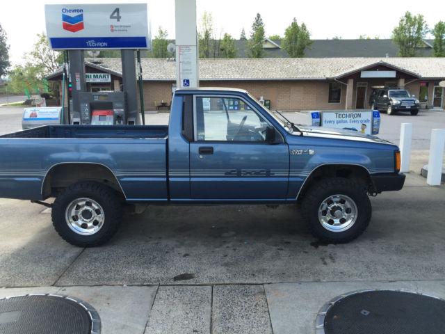 Dodge d50 4x4 for sale