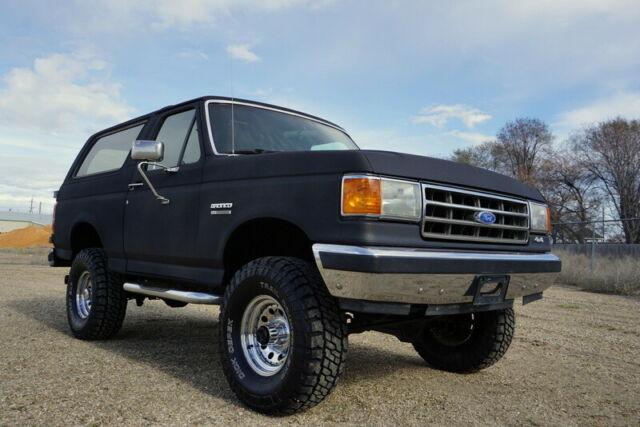 1989 Ford Bronco XLT, Factory Raven Black, 4x4, Automatic ...
