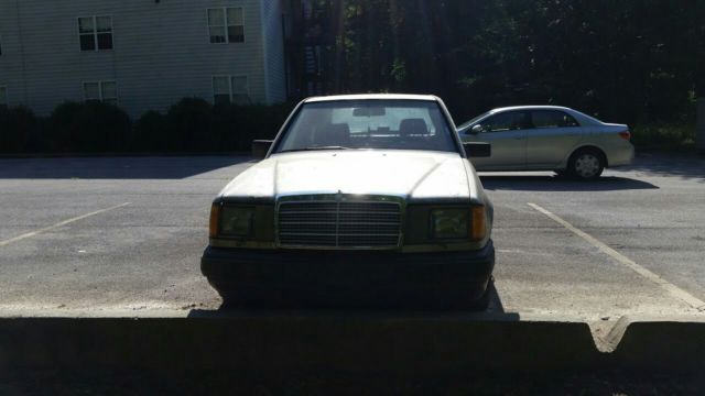 1989 mercedes benz 300e for parts only needs a new for Mercedes benz classic car parts