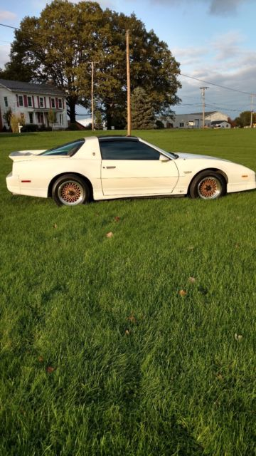 1989 Pontiac Trans Am Turbo For Sale >> 1989 Pontiac Turbo Trans Am 20th Anniversary Official Pace Car Only 16K miles for sale - Pontiac ...