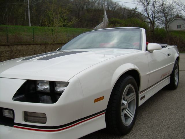 1990 camaro iroc z convertible 5 speed for sale. Black Bedroom Furniture Sets. Home Design Ideas