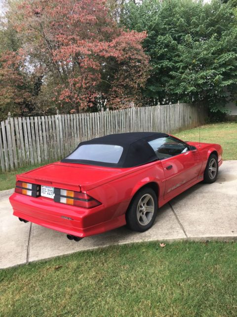 1990 chevrolet camaro iroc z red convertible great car runs great looks great for sale. Black Bedroom Furniture Sets. Home Design Ideas