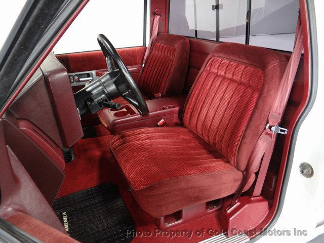 1990 Chevy C1500 Pickup White Maroon Only 19k Original