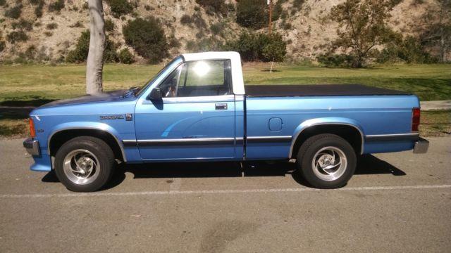 1990 Dodge Dakota Convertible Pickup