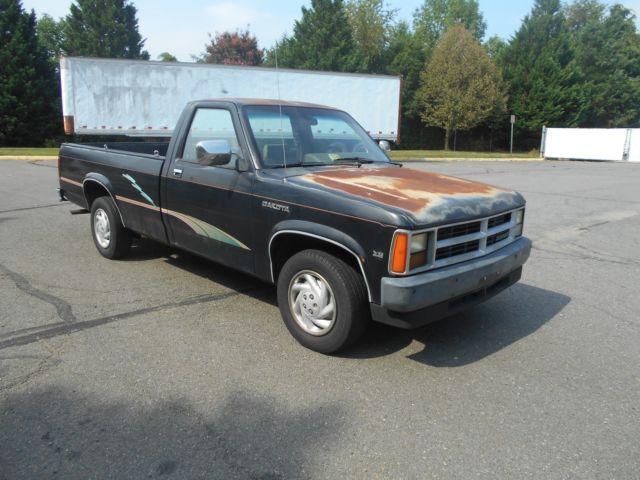 1990 dodge dakota pickup 3 9l v6 ohv automatic with low mileage of 95 245 for sale dodge. Black Bedroom Furniture Sets. Home Design Ideas