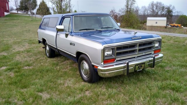 1990 dodge ram le d250 only 17 000 miles second owner rare. Black Bedroom Furniture Sets. Home Design Ideas