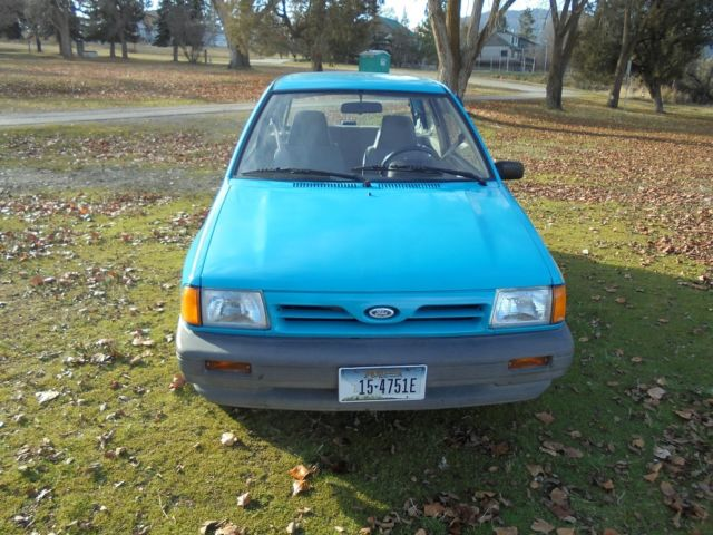 1990 Ford Festiva L Plus Hatchback 2