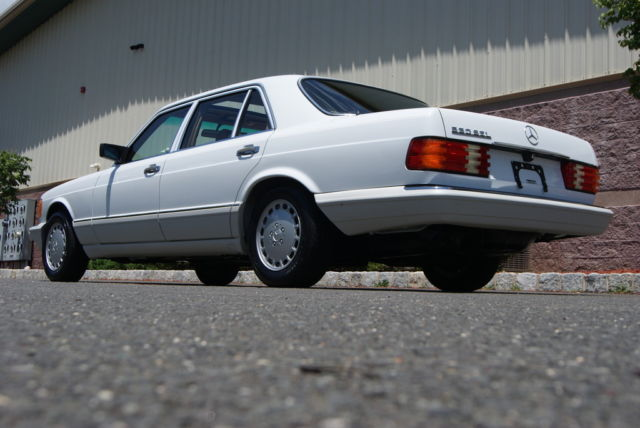 1990 mercedes benz 560sel the finest example of w126 for Mercedes benz flagship car