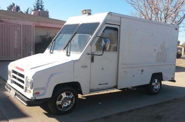 1990 UMC Utilimaster Aeromate Truck  Rare  Catering/Delivery/Small